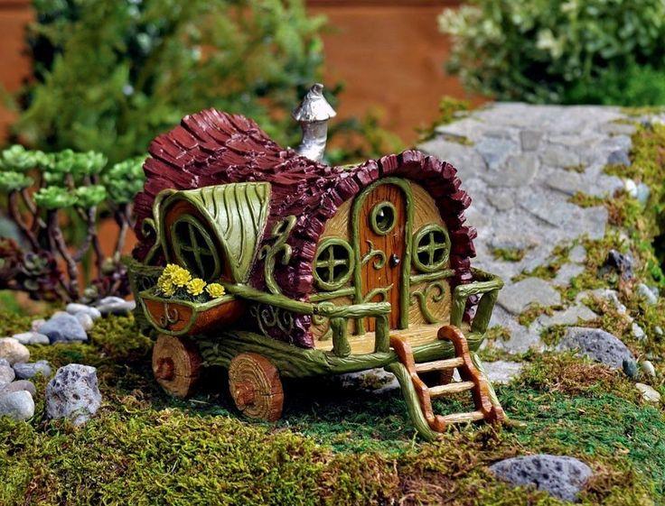 Gnome In Garden: Fairy Gypsy Wagon, Miniature Fairy Garden/Dollhouse /Gnome