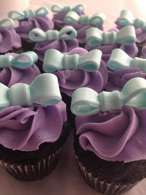 purple and teal mini bow cupcakes