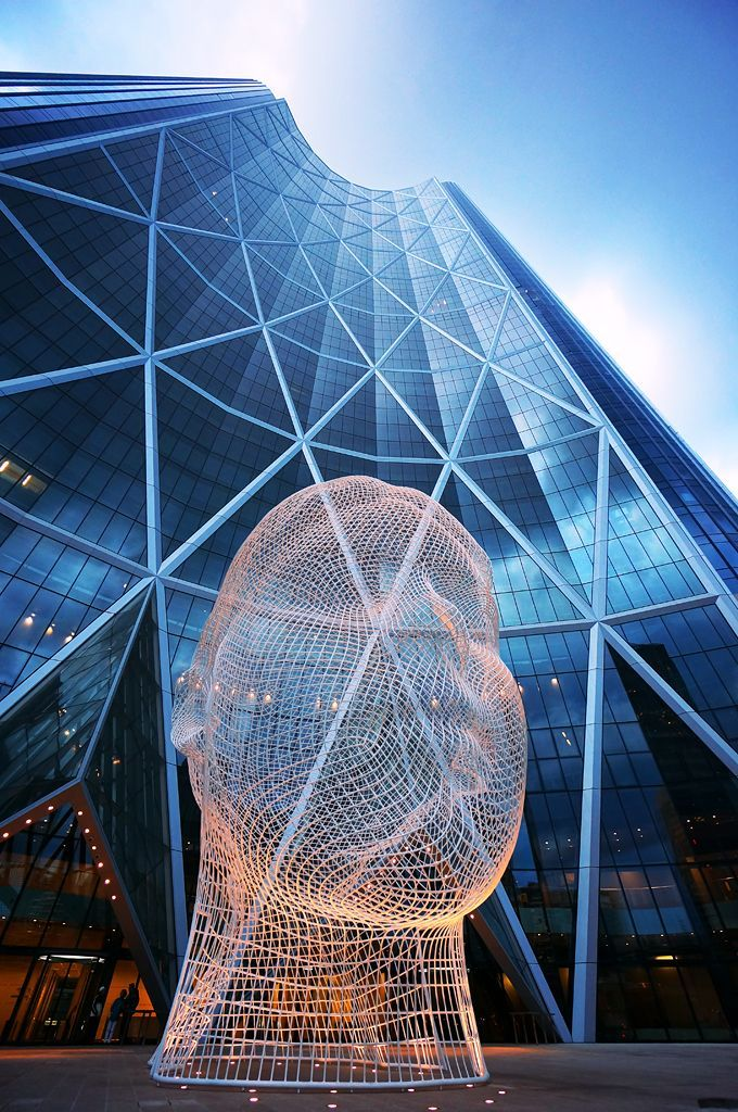 """Spanish artist Jaume Plensa recently introduced a new giant sculpture called """"Wonderland"""" and located at the base of the tallest tower of Calgary, Canada"""