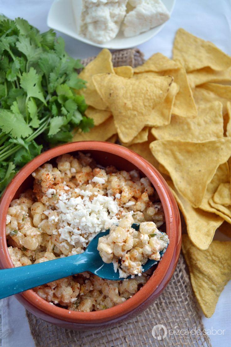 Deliciosos elotes preparados con jalapeño, limón, mayonesa, queso crema, queso Cotija y chile en polvo. Quedan mucho más cremosos.