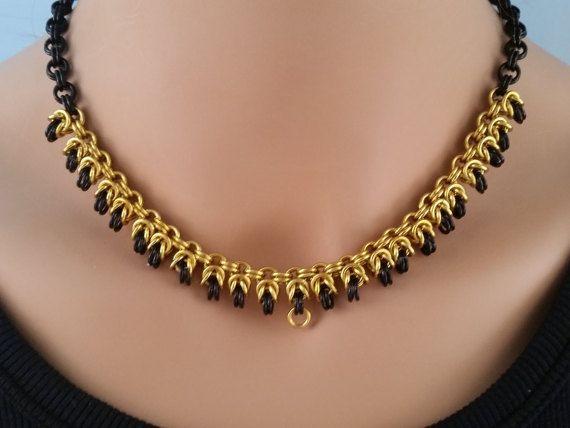 Byzantijnse Chainmaille ketting in goud en zwart Chainmail