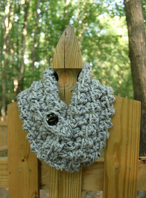 Ravelry: Ava Cowl pattern by Jenny Dickens