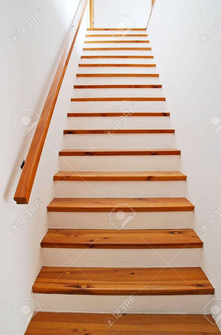 Pasamanos de madera blancos para escaleras buscar con - Pasamanos de madera modernos ...