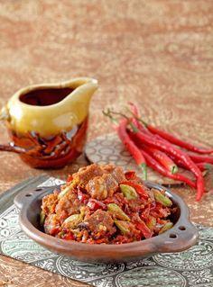 Sambal goreng khas Cirebon, kelezatannya tak diragukan. yuk kunjungi resepnya.