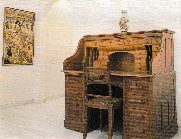 Μονοκατοικία στη Βουλιαγμένη - Παράδοση, Τυπολογία, Εξέλιξη. Nikolas Dorizas Architect Architettura IUAV Venezia Tel: +30.210.4514048 Address: 36 Akti Themistokleous – Marina Zeas, Piraeus 18537