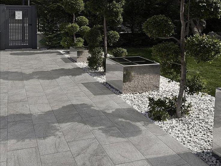 Risultati immagini per scale per interni con pavimenti grigi giardini terrazzi patio tiles - Scale per giardini ...
