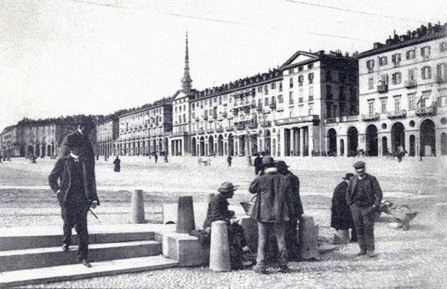 piazza-vittorio-2