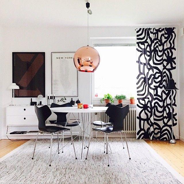 @kiitosmarimekko: The #joonas fabric looks wonderful as curtains in this chic apartment! Available at http://kiitosmarimekko.com/products/joonas-fabric-black-white