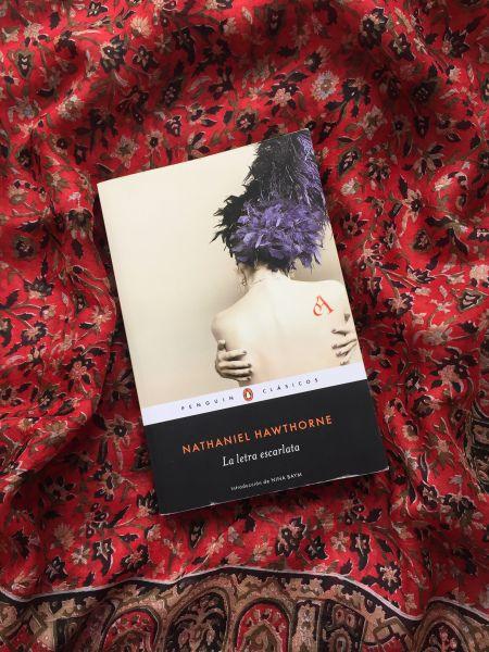 Libro La letra escarlata de Nathaniel Hawthorne
