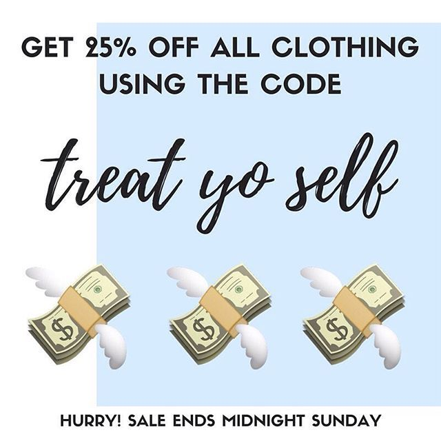 Get 25% off all men's and women's clothing online, treat yo' selves!  Sale runs until midnight Sunday, link in bio 🐝