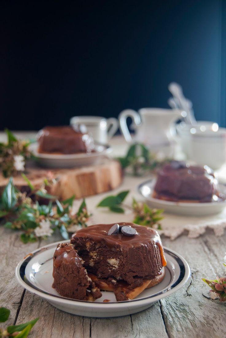 La asaltante de dulces: Receta de falsos flanes de chocolate, galleta y caramelo/ No bake chocolate, cookies & caramel little cakes