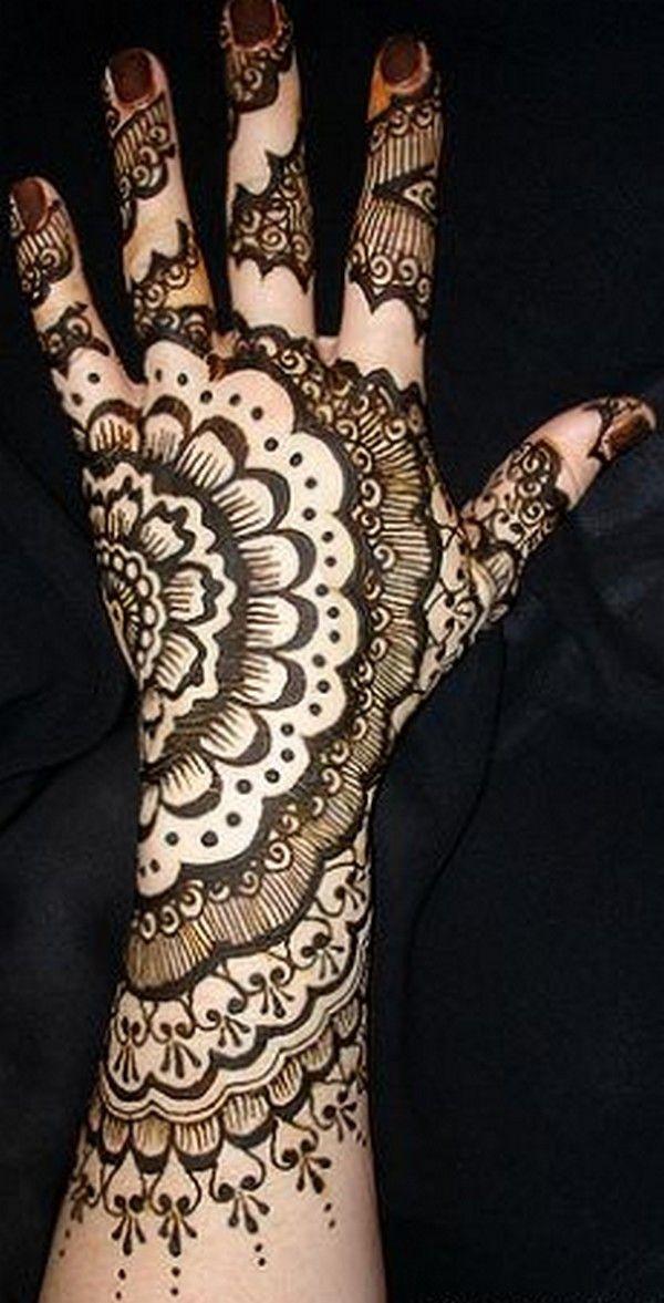 http://womensfavourite.com/rajasthani-mehndi/rajasthani-mehndi-10