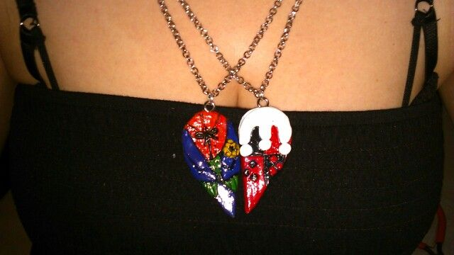 Joker and harleyquin necklace