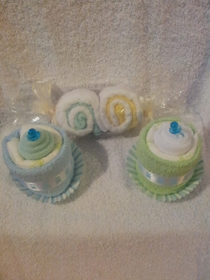 Cupcakes and Lollies Gift Set by KittzGiftCreations on Etsy, $10.00