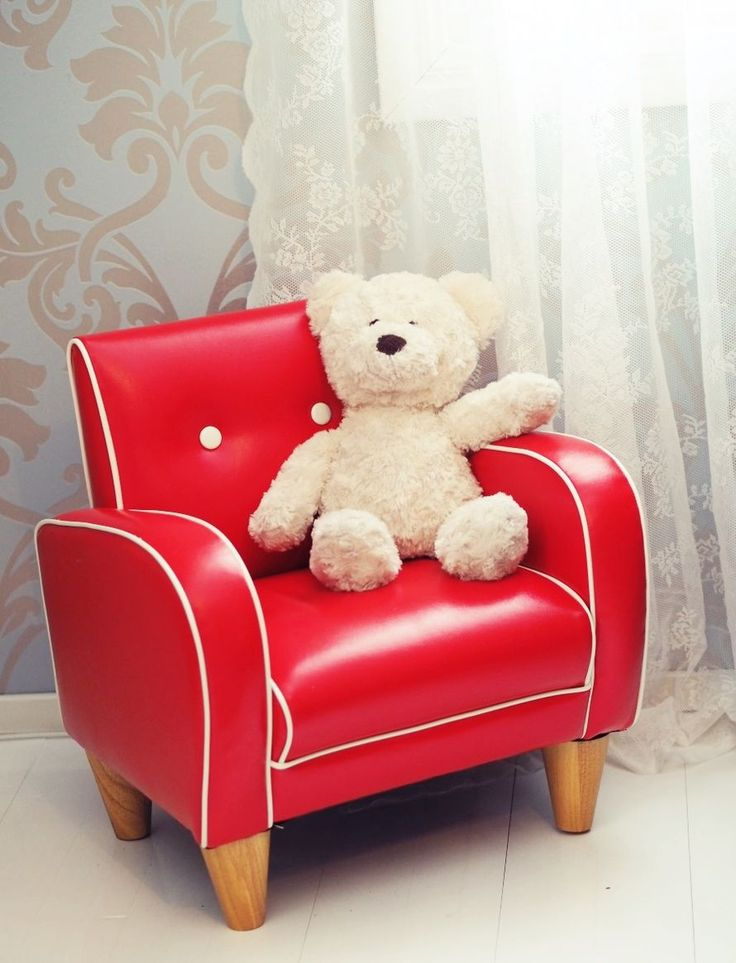 retro armchair for kids