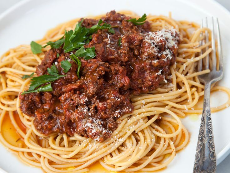 Slow Cooker Bolognese | Ground beef and sausage make for a delicious slow cooker Bolognese sauce.