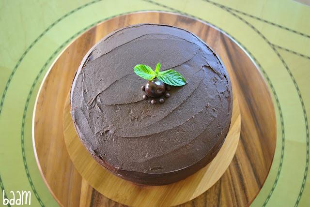 Mint and Chocolate Ice Cream Cake: Cakes Pop, Chocolates Ice Cream, Beti Vanilla, Delect Cakes, Chocolate Ice Cream, Cakes Beti, Ice Cream Cakes, Mint Chocolates, Chee Cakes