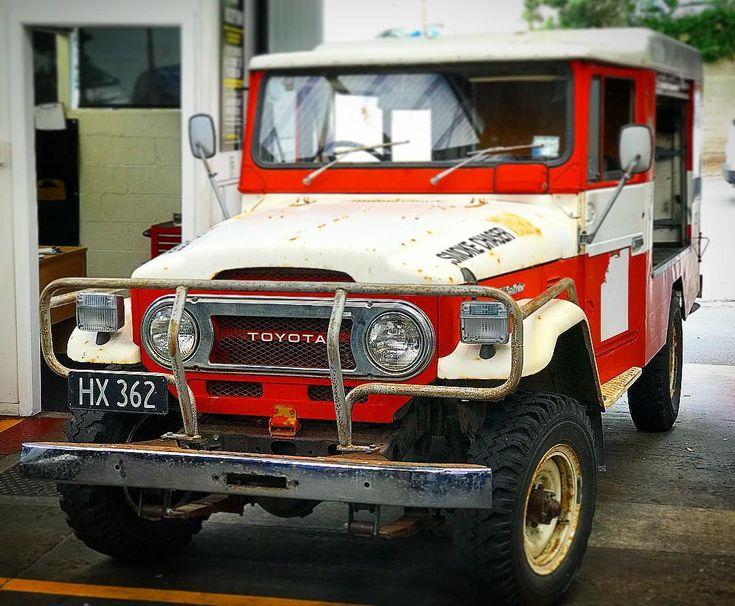 SMOKE CHASER...back to working on the old girls  1976 #toyota #landcruiser #fj45 still going strong! . . .  #newzealand #truck #trucks #auckland #car #cars #mastermechanics #service #4x4  #offroad #instacars #oldschool #cruiser #vehicles #mechanics #classic