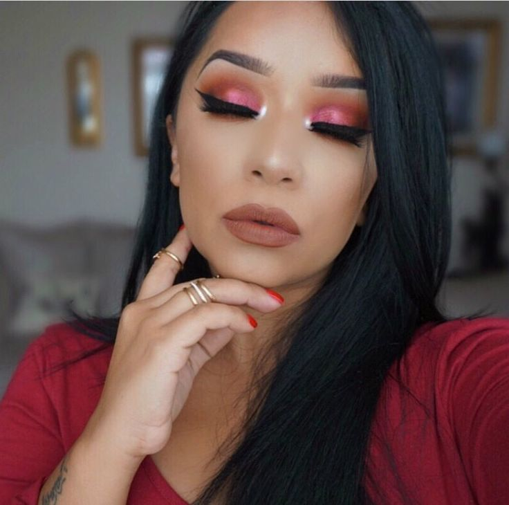 @ohmglashes in Juvia's Place the Masquerade palette