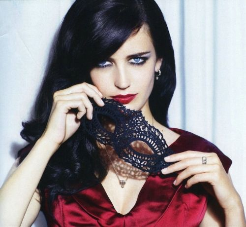 Eva Green- she would have been the perfect Catwoman for The Dark Knight Rises. Just sayin'.