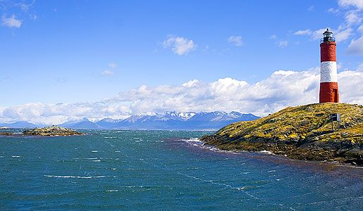 See one of the world's last unspoiled frontiers as you sail through the Beagle channel. Maybe you can even spot a sea lion or an Antarctic fur seal!