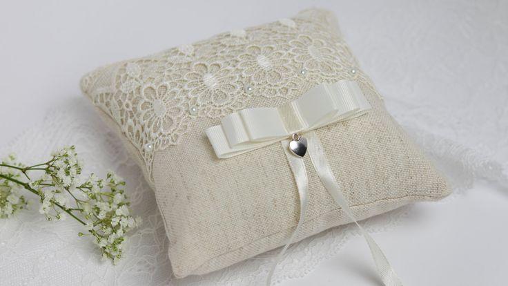 Ivory ring pillow Wedding pillow Rustic ring pillow Wedding ring bearer Beige ring pillow Lace ring pillow Country wedding pillow (23.00 USD) by AnnAccessoriesStudio
