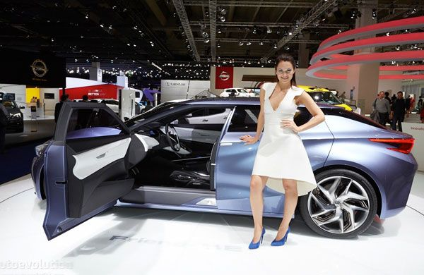 """In the year 2013, Shanghai auto show Nissan revealed its latest model car mentioned as """"Friend-ME"""". Actually, it is a joint attempt of the Global Design Center by Nissan and Design China center by Nissan to magnetize the males of age 20 and somewhat which are born in 1980 underneath """"One Child Policy""""."""