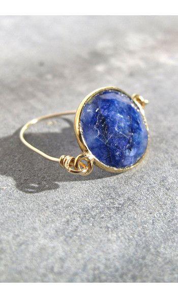 Louise Hendricks bague Nora saphir------ #louisehendricks #bijoux #bijou #jewelry #bague #ring #blue #bleu #pierre #doré #gold #madeinfrance