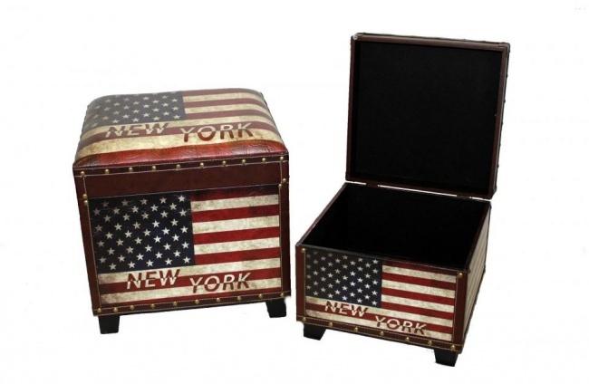 Opbergboxen en poef in één, stoer door de robuuste uitvoering en Amerikaanse vlag