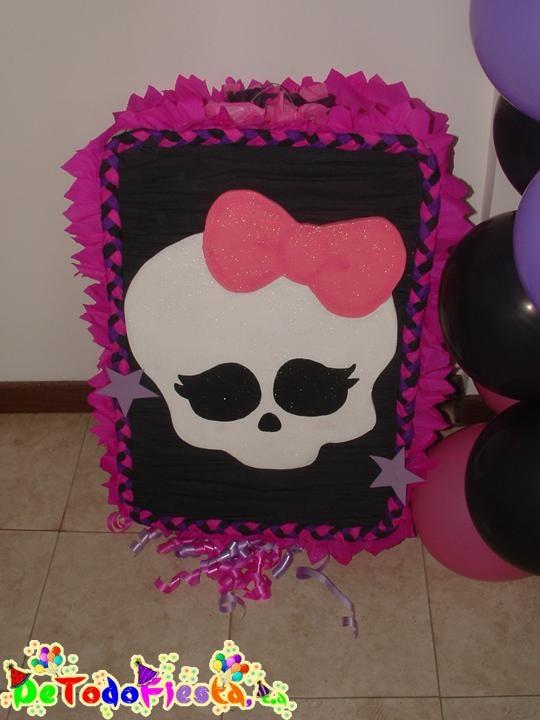 Monster High Skull Pinata