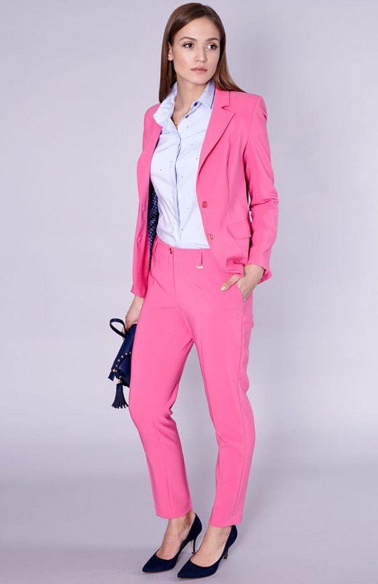 Click Fashion Kolin spodnie Rewelacyjne różowe spodnie, z wąskimi nogawkami, w kant z elementami złota, dwie wpuszczane kieszenie oraz dodatkowe szlufki
