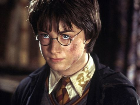 Happy birthday, Harry! No one loves you more than us. {7/31}Wizards Harry, Chamber Of Secret, Ϟharri Potter, Potterheadwingaurdium Leviosa, Potter Image, Film Series, Coolest Harry, Children Book, All Harry Potter Movie