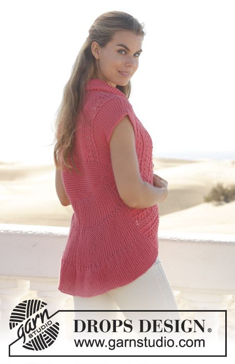 """Knitted DROPS vest in garter st worked in a circle with lace pattern in """"Paris"""". Size: S - XXXL. ~ DROPS Design"""