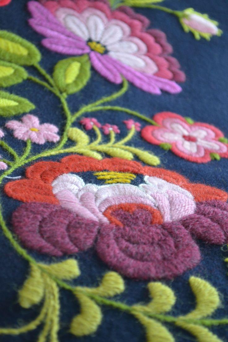 swedish wool embroidery, påsöm