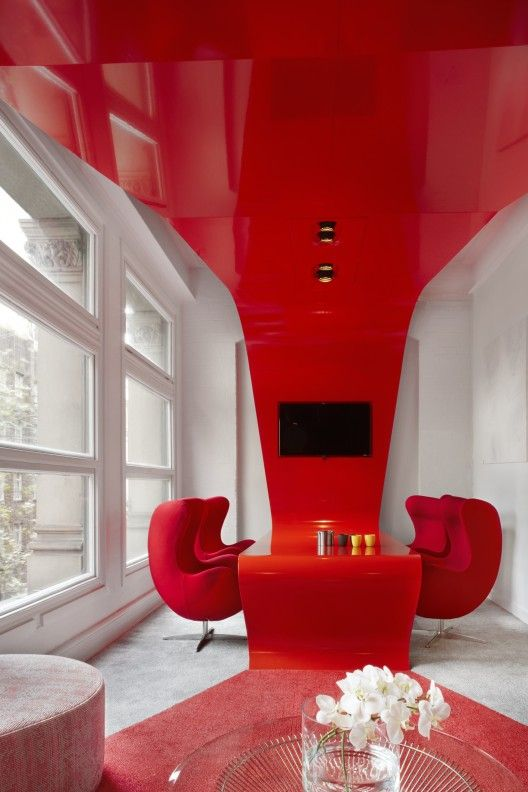 """When the only thing you tell an architect is that the office must have x number of rooms and """"look funky"""" this is what happens 