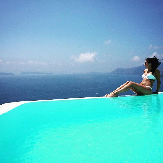 Serenity... #AndronisExclusive #Santorini Photo credits: @amandanemo