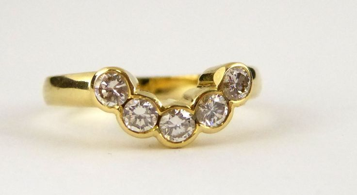 Hallmarked 18ct Gold Ring set with .50 Carat of Diamonds Setting Size O - The Collectors Bag