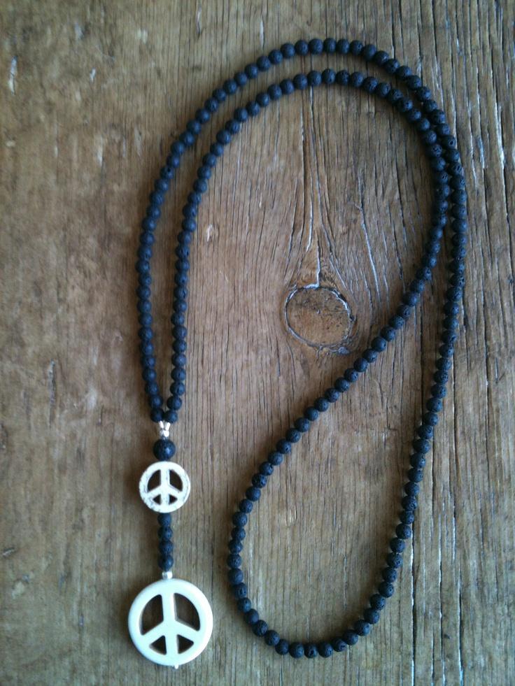 Mai Johansson - necklace peace
