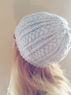 This hat is very easy, the main stitch pattern is only 4 rows (and one of them repeats) so it is easy to memorize. Katherine Hat Ma...