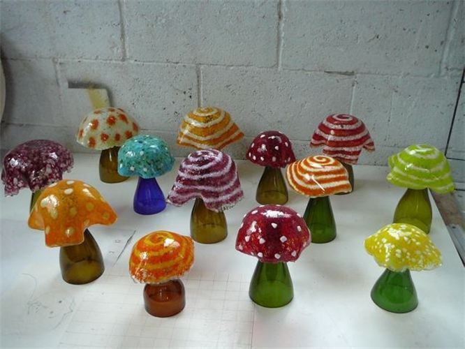 Fused glass tops and cut tops of wine bottles~ Broken link ~ Great idea!