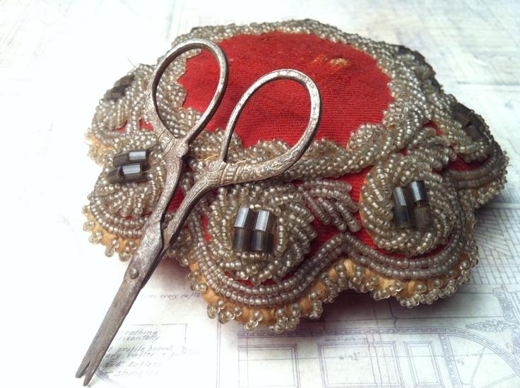Victorian era Haudenosaunee Confederacy (Iroquois 6 Nations) pin cushion