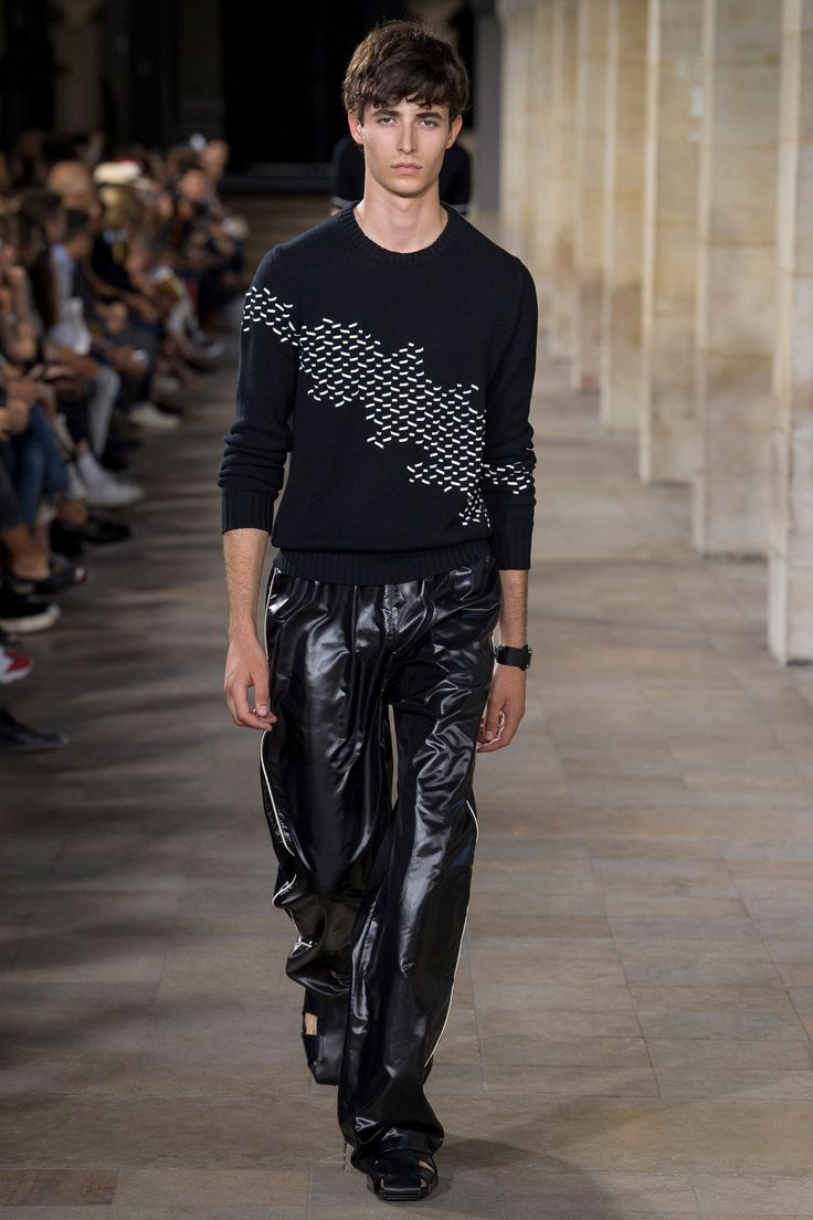 Hermès Spring 2018 Menswear Fashion Show Collection