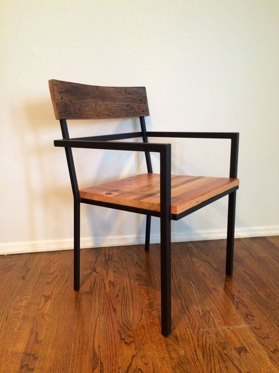 AKTUELLEN SCHÄTZUNGEN ZUFOLGE LIEFERZEITEN BEI ALLEN BESTELLUNGEN 8-12 WOCHEN ***  Angegebene Preis ist pro Stuhl.  Diese Stühle sind mit allen Altholz, geborgen aus Scheunen und Gebäuden aus allen Teilen der Vereinigten Staaten gebaut. Mit allen aufgearbeiteten Stücken kein Stück immer gleich aussehen und alles Holz wird aus verschiedenen Orten und in der Farbe variieren. Es werden Zeichen Marken - einschließlich der alten Nagellöcher, Risse und Knoten hin und her. Diese können auf Wunsch…