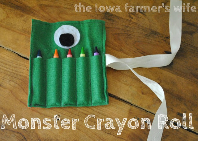 Monster Crayon Roll: Crayon Roll, Gifts Ideas, Monsters Crayons, Iowa Farmers, Crayons Rolls, Diy Christmas Gifts, Stockings Stuffers, Crafts, Farmers Wife