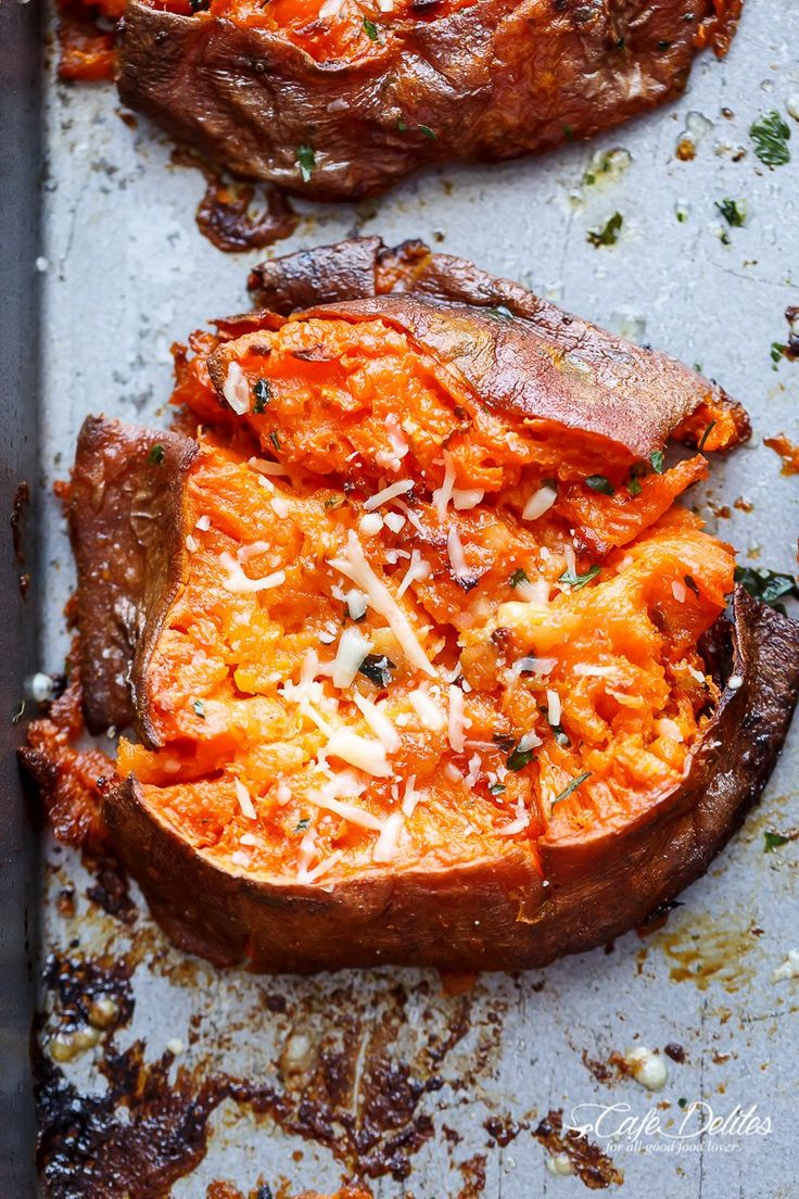 Garlic Butter Smashed Sweet Potatoes With Parmesan | http://cafedelites.com