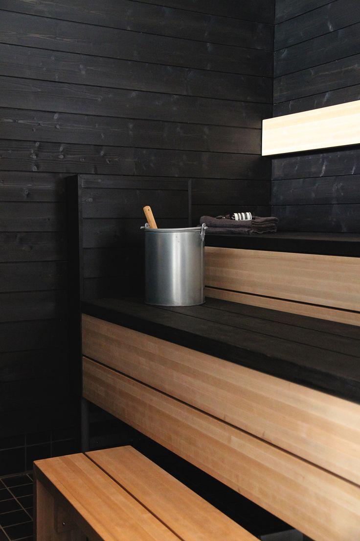 Asuntomessut 2015 Vivola, sauna, musta, puu,