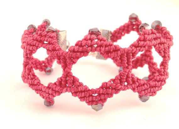 Red  bracetet, Valentines gifts for her, marsala, made in Italy, knotted macrame, jewelry woman, hand crafted, wrist  red, morenamacrame