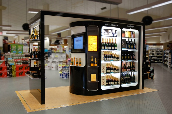 Moët & Chandon mini-store within a liquor store offers an exclusive shop offering special products, pairing recommendations, and information on new items.