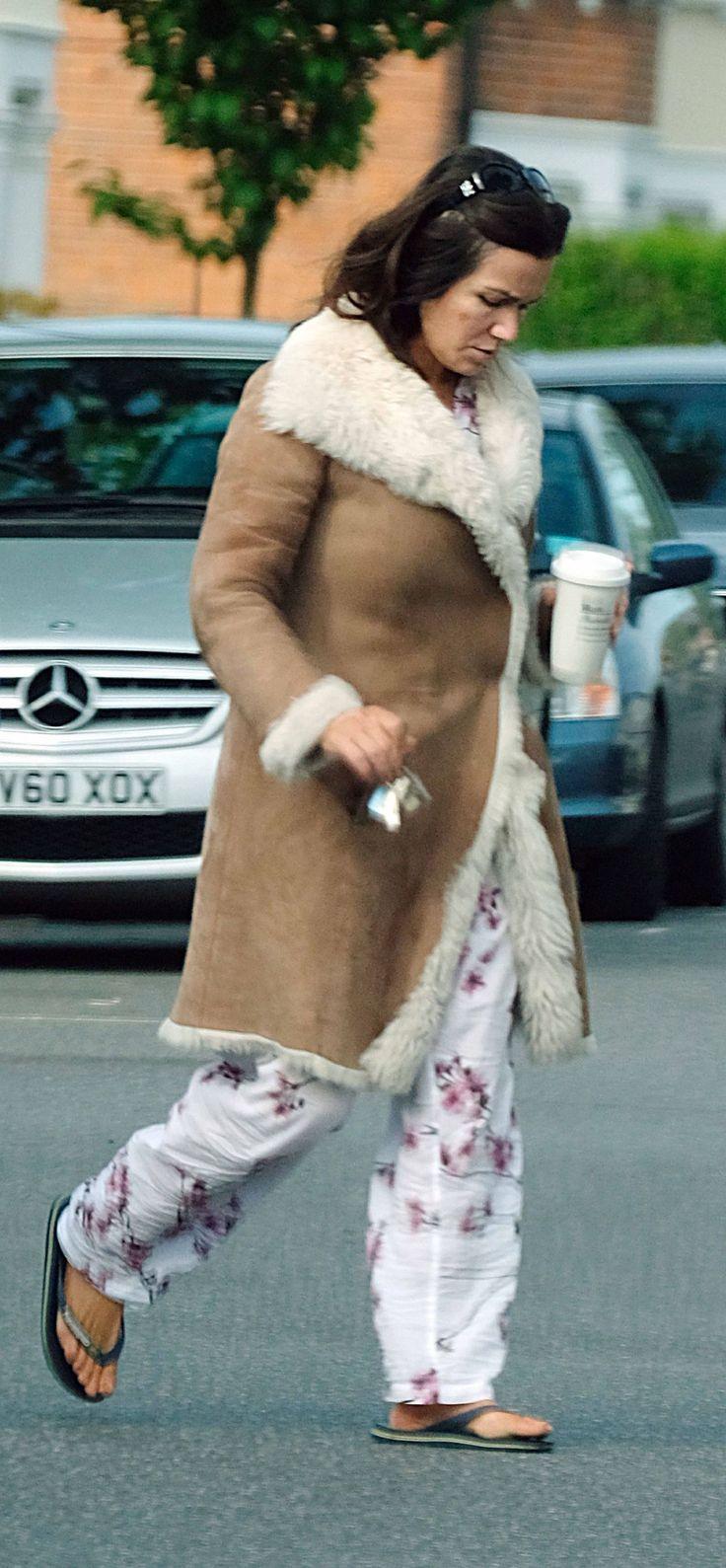 #London Susanna Reid - in Her Pyjamas Out in London 05/07/2017   Celebrity Uncensored! Read more: http://celxxx.com/2017/05/susanna-reid-in-her-pyjamas-out-in-london-05072017/