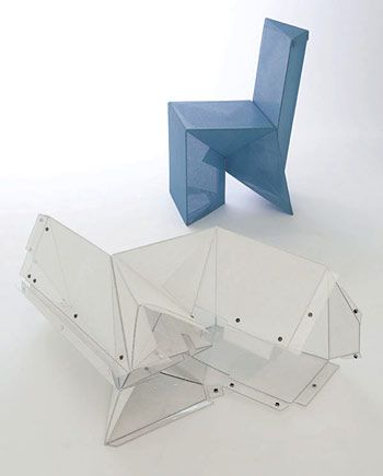 Cadira: Origami Chair//Architecture and Design// Material: Policarbonat Polietilè// Dissenyador: James Dieter // Tall Laser